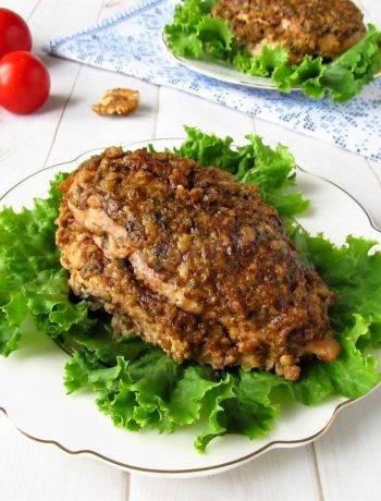 Куриное филе в грецких орехах