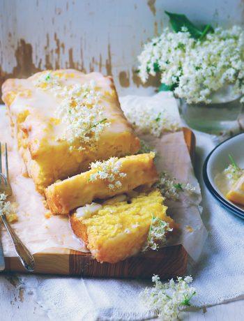 Лимонно-бузинный кекс с глазурью