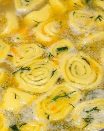 Вкусгый гороховый суп с кнедлями