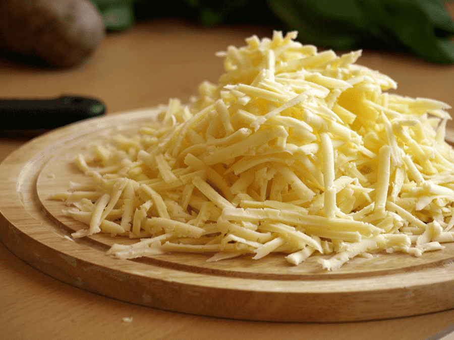Пирог из кускуса с тёртым сыром
