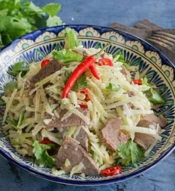 Классический салат под названием узбекистан