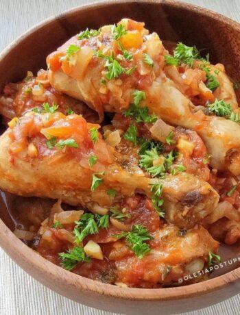 Вкусная курочка в овощном соусе