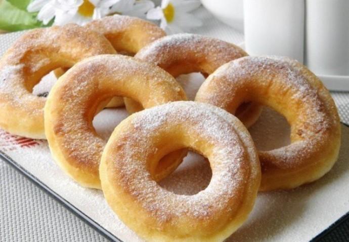 Простые пончики на кефире за 15 минут