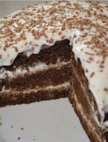 Простой кефирный торт