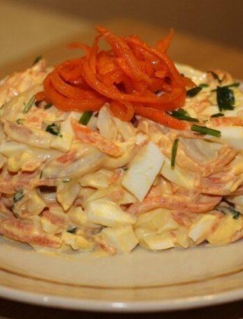 Необычный салат из кальмаров