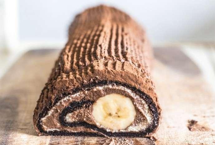Шоколадно-банановый рулет на скорую руку