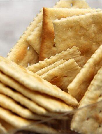 Соленые крекеры