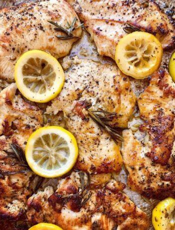 Запеченная курица с лимоном и розмарином