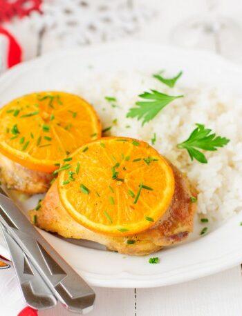 Запеченные куриные бедрышки с апельсинами